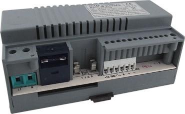 TESLA tápegység videó rendszerhez tápegység 18VDC/600mA 8VAC/0,7A, vagy 12VDC/0,8A típusa: 4FP 672 59
